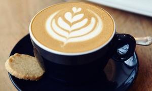 WakeCup Cafe: Kawa (16,99 zł) z ciastkiem (29,99 zł) dla 2 osób i więcej opcji w WakeCup Cafe – 2 lokalizacje (do -43%)