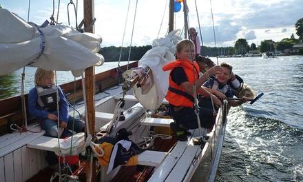 3 bis 4 Stunden Segeltörn auf dem Müggelsee für bis zu 4 Personen mit Meer Seen (bis zu 60% sparen*)