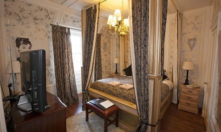 Perth and Kinross: 1 or 2 Nights for Two with Breakfast at The Victoria House B&B