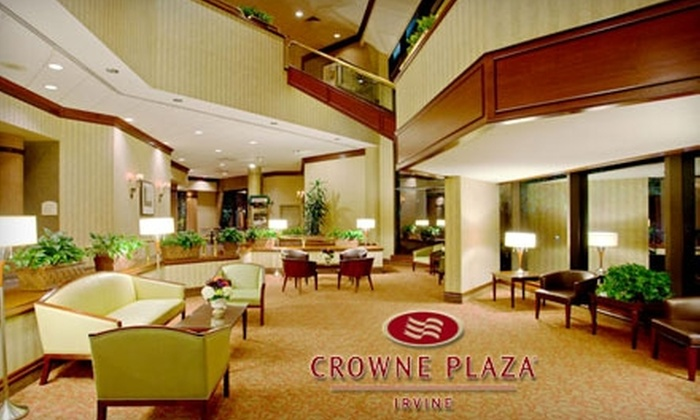 Crowne Plaza Hotel - Irvine Business Complex: $69 for King Leisure Room and Valet Parking at the Crowne Plaza Hotel