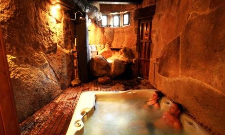 Bermellar: estancia para 2, 4 o 6 personas en casa rural con spa privado en el complejo Orgullo Rural 4*