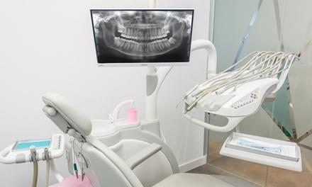 1, 2 o 4 higienes dentales con revisión, pulido y fluorizacióndesde 9,99 € en Clínica Dental Veneer's