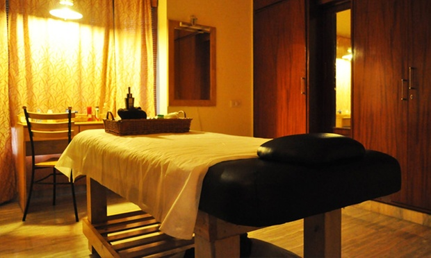 Choice Of Full Body Massage, Foot Reflexology  More At 7C -9628
