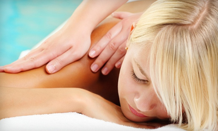 Gatehouse Connection Holistic Center - Akron: $30 for a One-Hour Relaxation Massage at Gatehouse Holistic Center ($60 Value)