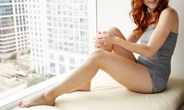 Scar Treatment Recovery Center - Deep Canyon Square Building: Three or Six Nonsurgical Laser Lipo Treatments at Scar Treatment Recovery Center (Up to 96% Off)