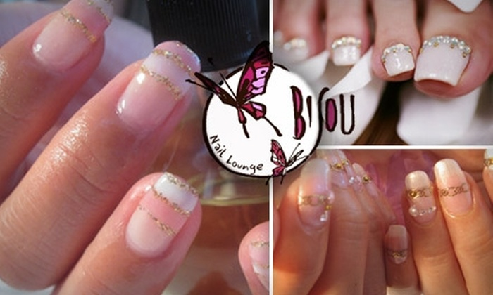 Bisou Nail Lounge - Rockridge: $32 for a Basic Manicure and Choco-therapy Pedicure at Bisou Nail Lounge ($74 Value)