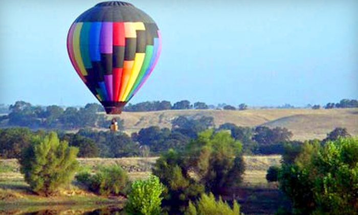 Sky Drifters Hot Air Ballooning - Rancho Murieta: $195 for a 50- to 70-Minute Sunrise Balloon Ride for Two from Sky Drifters Hot Air Ballooning in Rancho Murieta ($390 Value)