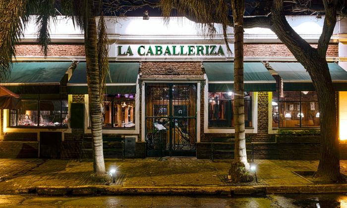 La Caballeriza Martinez - La Caballeriza Martinez: Desde $239 en vez de $506 por cena o almuerzo para 2 o 4: entrada + plato principal + postre en La Caballeriza Martínez