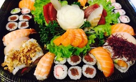 Sushi box da asporto fino a 68 pezzi, offerto dal Kos Restaurant (sconto fino a 51%)