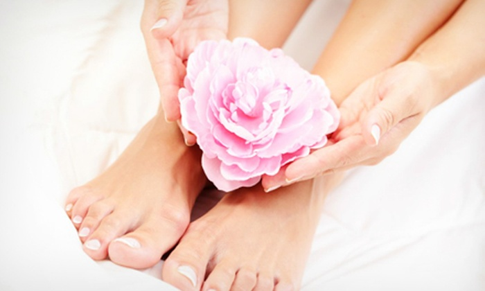 Soothe Your Senses Day Spa - Chicago: Two Express Mani-Pedis or Two No-Chip Manicures at Soothe Your Senses Day Spa (Up to 56% Off)