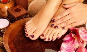 Queens Cosmetics: Beauté des mains et pose de vernis, option beauté des pieds, dès 19,90 € à l'institut Queen's Cosmetics