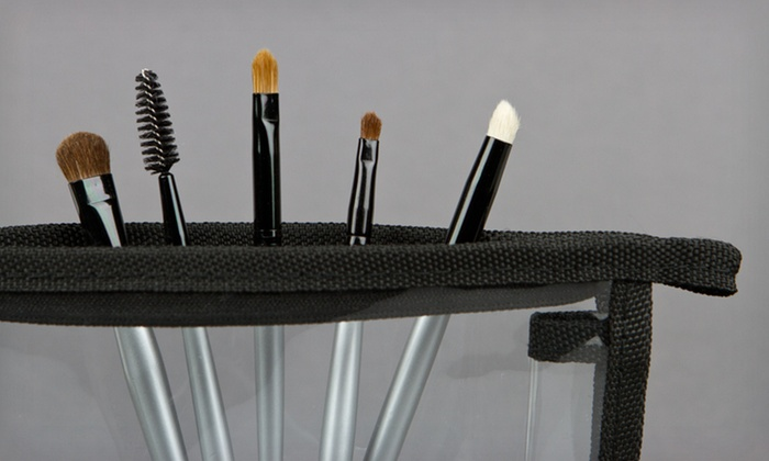 Five Beaute Basics Dual Tip Eye-Makeup Brushes and Bag: $12 for a Beaute Basics Five-Piece Eye-Makeup Brush Kit with a Vinyl Case ($59.95 List Price)