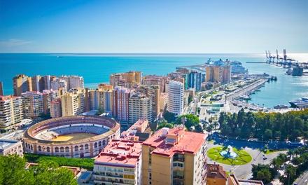 Málaga: 2, 4 horas o 1 noche para 2 con copa de cava y opción a jacuzzi en habitación en Villa La Casita de Valentina
