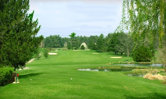 Montgomery Village Golf Club - Montgomery Village: $60 for 18 Holes for Two with Golf-Cart Rental and Two Drinks at Montgomery Village Golf Club (Up to $132.50 Value)