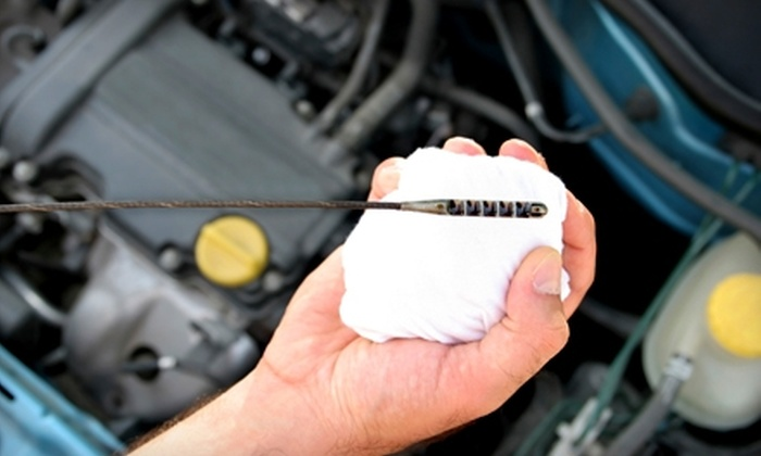 United Auto Parts & Service - Trevose: $17 for an Oil Change and 75-Point Inspection at United Auto Parts & Service in Trevose ($49.95 Value)