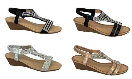 Universal Women's Wedge Sandals
