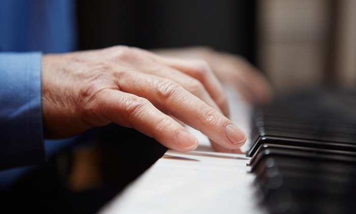 OnlinePianist: 6 or 12 Months of Online Piano Lessons from OnlinePianist.com (Up to 51% Off)