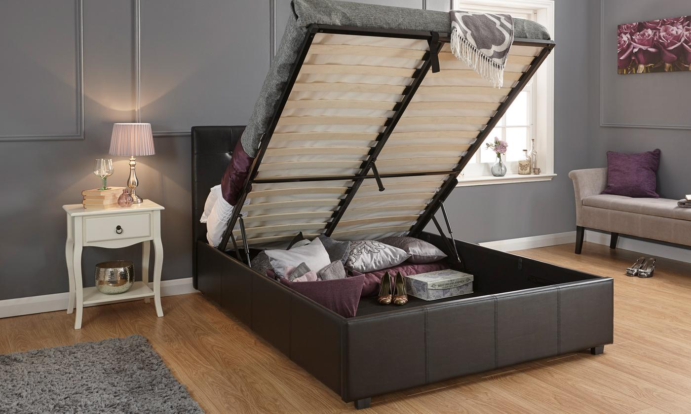 regal-buttoned-ottoman-bed