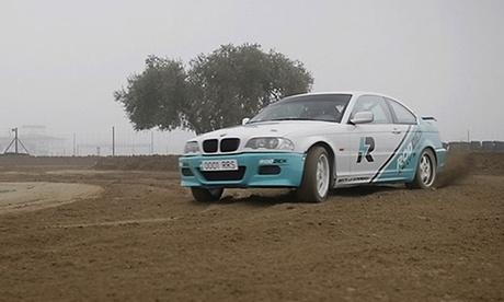 Experiencia en rally para 1 persona con 8 vueltas en circuito de tierra en Rodden Rally School