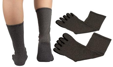 1 o 2 pares de calcetines diseñados para aliviar las molestias de la artritis