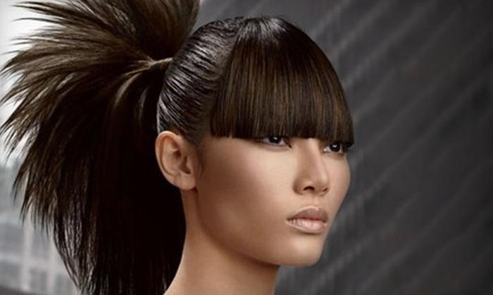 Glo Salon - Pleasant View Golf Course: $20 for a Haircut and Style Package at Glo Salon in Middleton (Up to $40 Value)