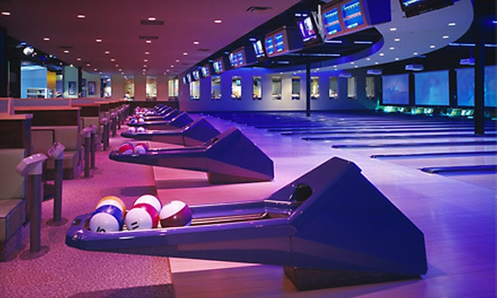 Palasad - Multiple Locations: $35 for Two-Game Bowling Outing for Up to Four with a Large Pizza at Palasad (Up to $79.69 Value)