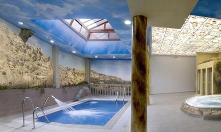Jaén: 1, 2 o 3 noches para 2 con desayuno, detalle y circuito spa, opción a media pensión en Balneario Parque Cazorla 4*
