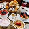 Großes Frühstück mit Brezel