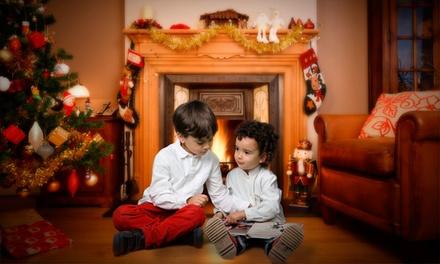 Reportaje navideño para hasta 6 con 5 o 10 fotos impresas, 6 postales y álbum de 8 fotos desde 24,95€ con Carlos Alonso