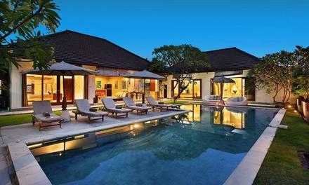 Bali, Seminyak: Five-Night Villa Stay for Up to Twelve People with Breakfast at Villa Raull