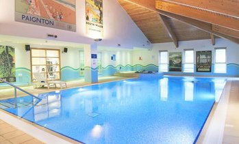 Wiltshire: 4* Double Room Stay with Breakfast