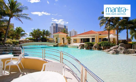 Gold Coast: 5 or 7Night Hotel Vacation for Up to Six People with Late CheckOut at 4* Mantra Towers of Chevron
