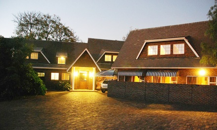 Johannesburg: One or TwoNight Stay for Up to Two Including Breakfast at Five Crown Guest House