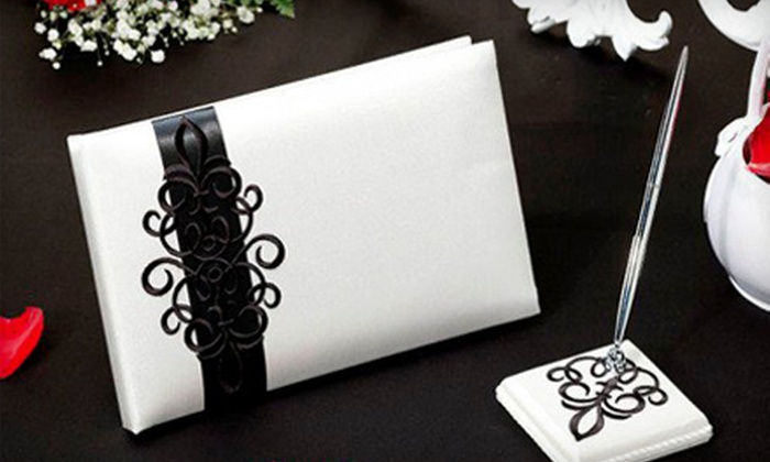 LoveAndVows.com: Personalized Wedding Keepsakes and Décor from LoveAndVows.com. Two Options Available.