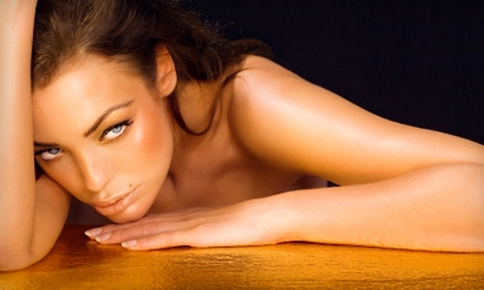 Tan on the Run L.A. - Amarillo: $30 for an In-Home Spray Tan from Tan on the Run L.A. ($65 Value)