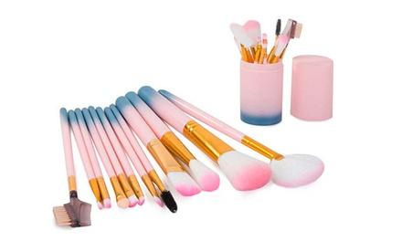 Set da 12 pennelli in diverse forme per soddisfare tutte le applicazioni del trucco