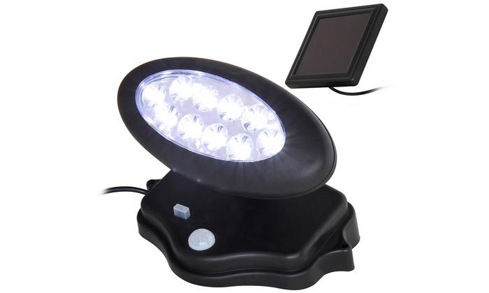 projecteur solaire pour l 39 ext rieur groupon. Black Bedroom Furniture Sets. Home Design Ideas