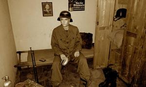Der Bunker: Historische Bunkerführung oder Gänsehauterlebnis im Bunker für 2 oder 4 Personen (bis zu 45% sparen*)