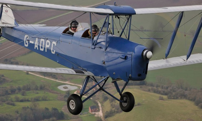 new concept b0325 4e011 Vintage Plane Flying Experience