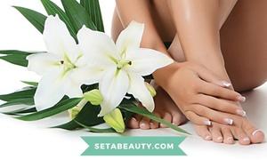 Seta Beauty Bologna Perlasca: 2 manicure e pedicure con applicazione di smalto semipermanente al centro estetico Seta Beauty (sconto 81%)