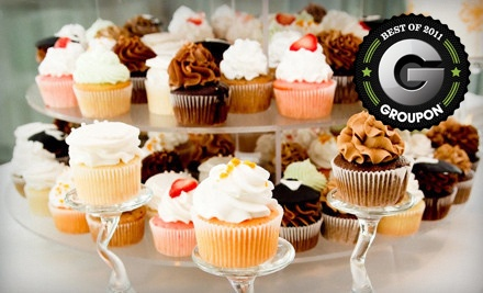 Six Gourmet Cupcakes (an $11 value) - 7 Little Cupcakes in Perrysburg