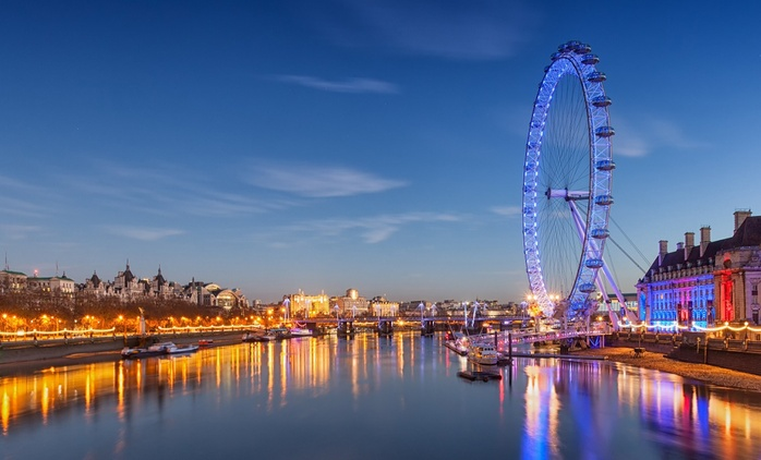 Boat Cruise with Wine and Rose by Cruise London (Up to 38% Off)