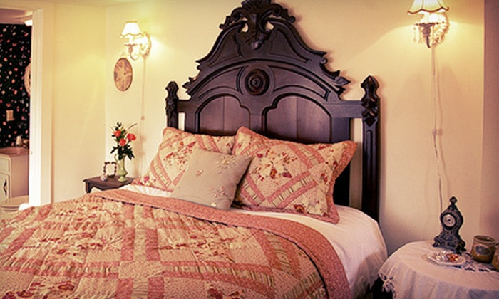 Red Bud Manor - Loch Mor: One-Night Stay or a Two-Night Romance Package with a Carriage Tour at Red Bud Manor in Eureka Springs (Up to Half Off)
