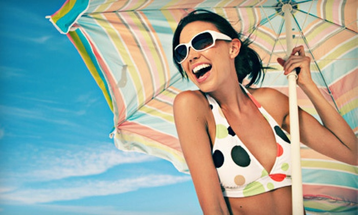 Sol Tanning - Sommerset West - Elmonica North: One Month of Level 1 UV Tanning or Two VersaSpa Spray Tans at Sol Tanning (Up to 61% Off)