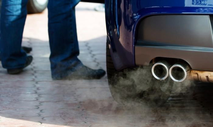 EZ Star Smog Test Only - Oakland: $25 for One Vehicle Smog Test at EZ Star Smog Test Only ($79.95 Value)