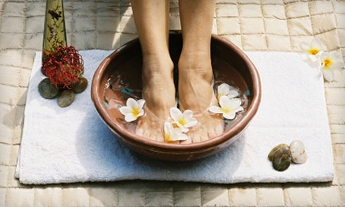 Chiropractic Health Center & Holistic Healthcare Services - 5: $25 for Two Foot Detox Sessions at Chiropractic Health Center and Holistic Healthcare Services in Metairie