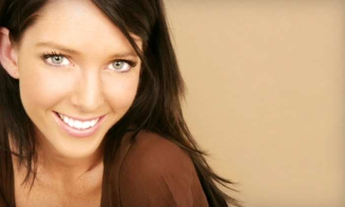Sempre-Bella - Bellaire: $20 for Two Airbrush Spray Tans at Sempre-Bella in Bellaire ($110 Value)