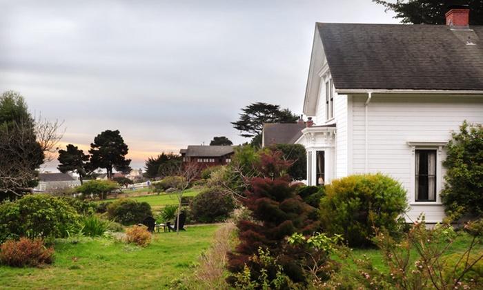 Joshua Grindle Inn - Mendocino: Two-Night Stay for Two Adults at the Joshua Grindle Inn in California