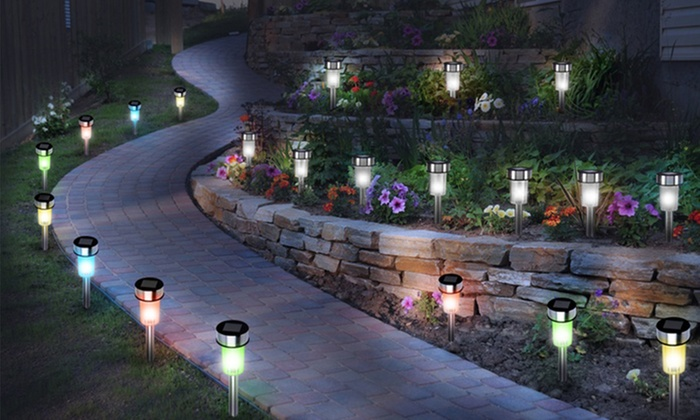 10 luces solares led para jard n groupon goods for Luces verdes para jardin
