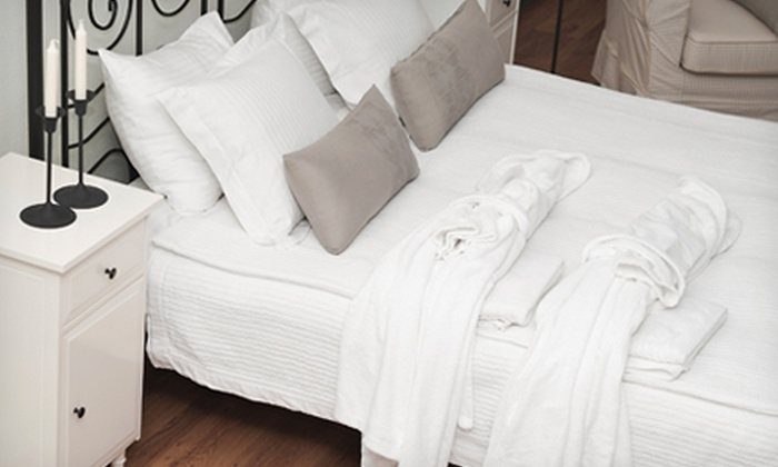 Famous Tate - Multiple Locations: $50 for $200 Toward Mattresses or Mattress Sets at Famous Tate